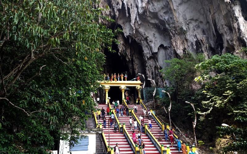 Достопримечательность Куала-Лумпур - пещеры Бату