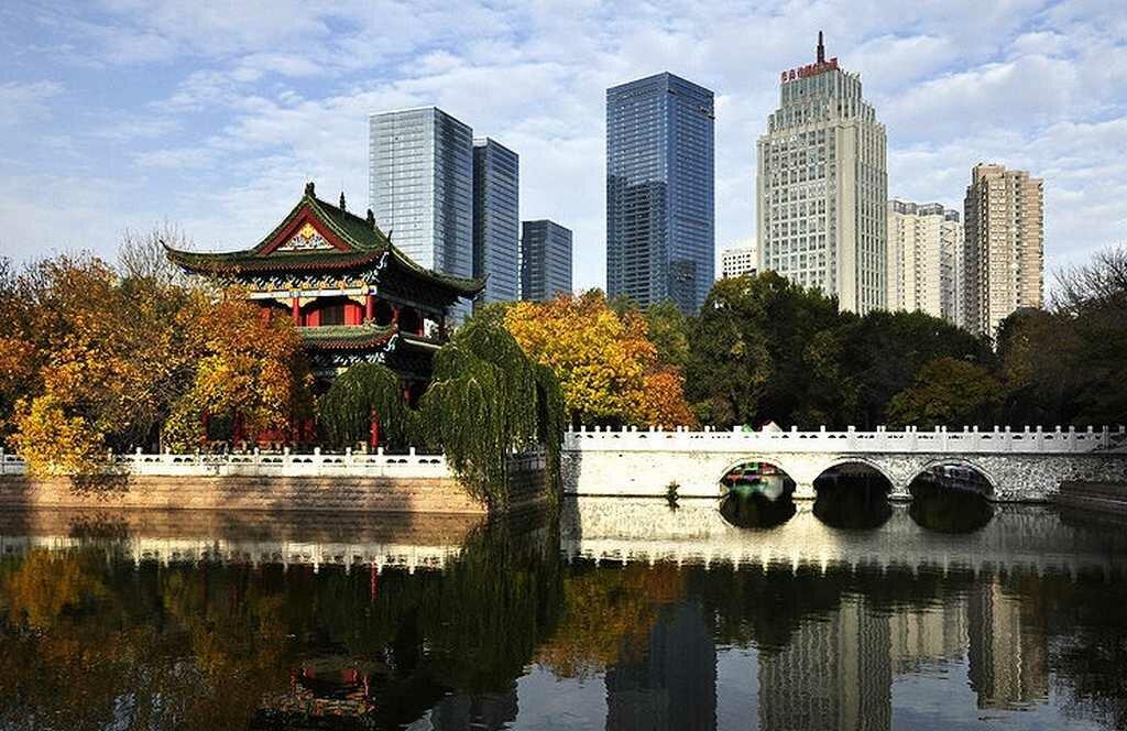 Город Урумчи в Китае - лечение