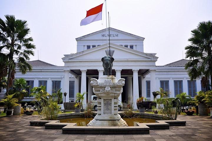 Национальный музей Джакарты Индонезия