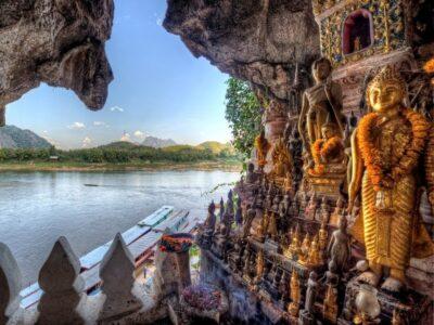 Пещеры Пак Оу в Лаосе