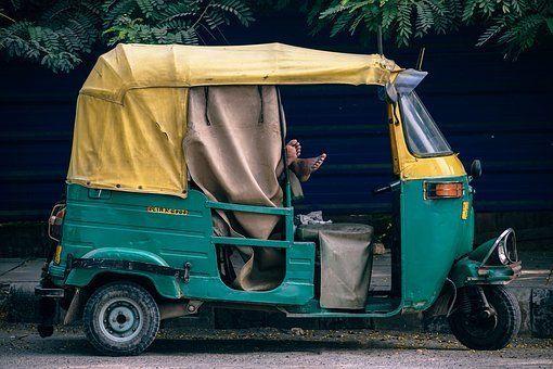 Особенности путешествия по Индии для обычных туристов.