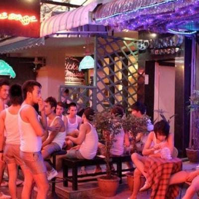 Ночной рынок Патпонг в Бангкоке