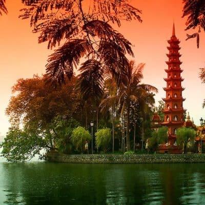Почему стоит поехать во Вьетнам?