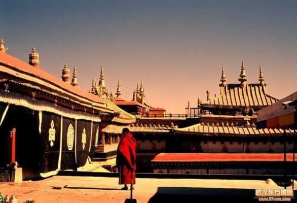 Тибет — это китайский автономный край со столицей Лхаса