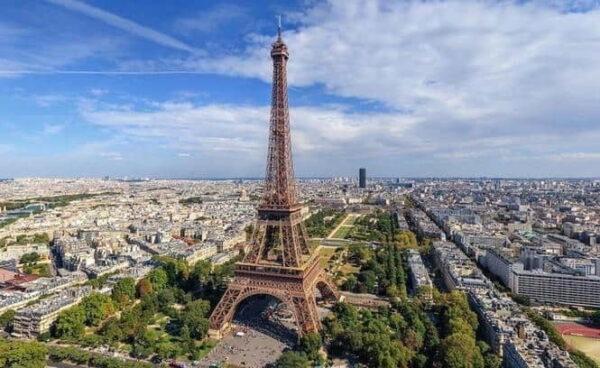 Свежий видеогид по Франции
